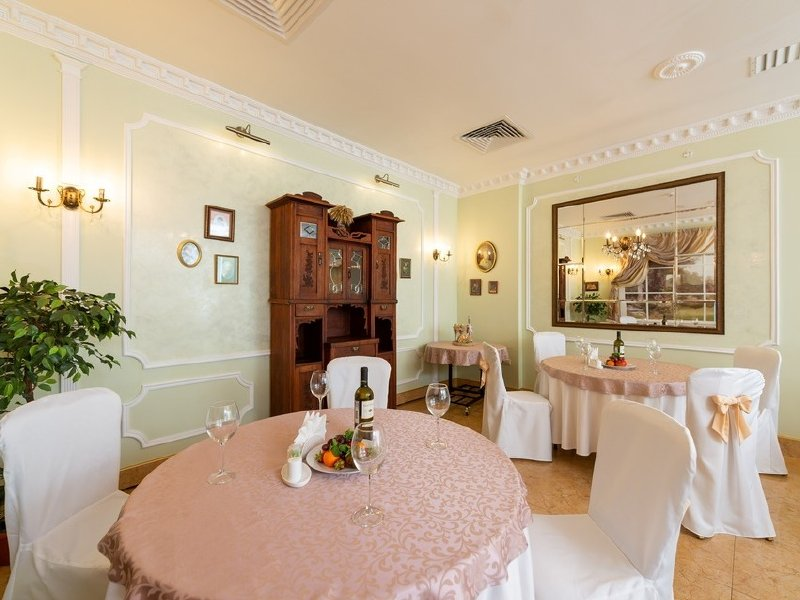 "Акция дня: -40% на все меню и напитки в классическом ресторане ""Ленский"" на Пушкинской"