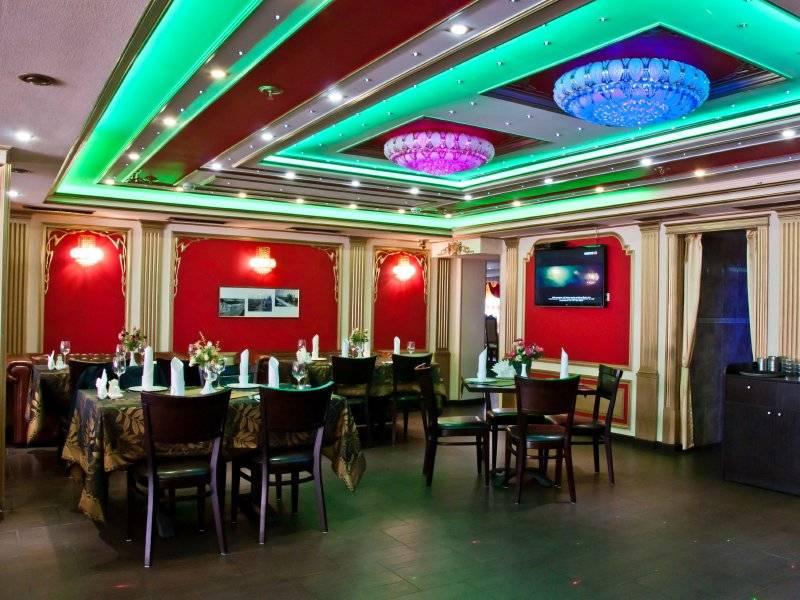 Акция дня: -50% на всё меню и напитки в кафе «Проспект 9» на Парке Победы