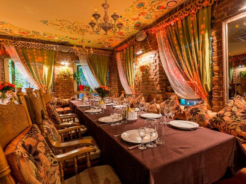 Акция дня: -50% на все меню и напитки в русском ресторане «Алтай» на Пятницкой